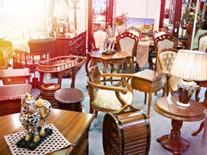 Are You Planning to Pawn Antiques? These 5 Simple Tips Can Help You